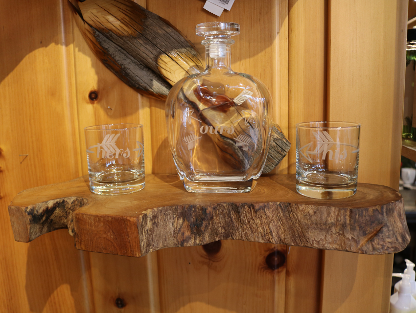 lakeside-living-design-northwoods-wi-cabin-decor-live-edge-wood-floating-shelf-holding-his-and-hers-cup-set