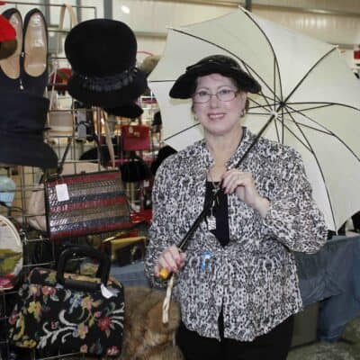 Grayslake Illinois Antique Flea Market Vendor