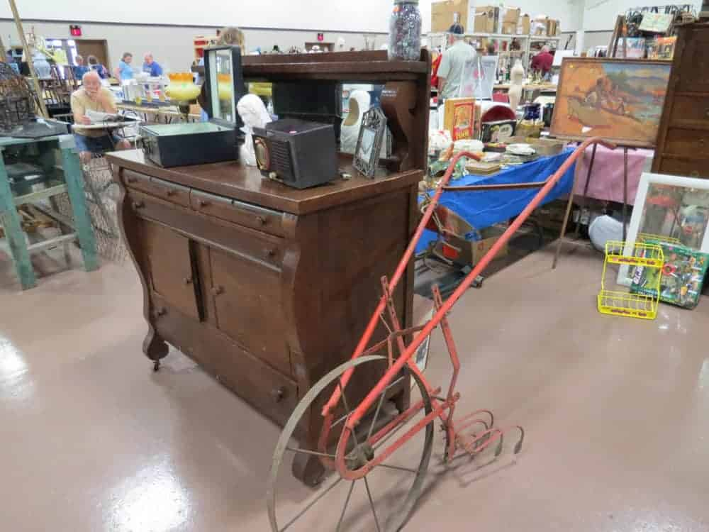 Pheasant Run Mega Center Illinois Vintage Antique Flea Market