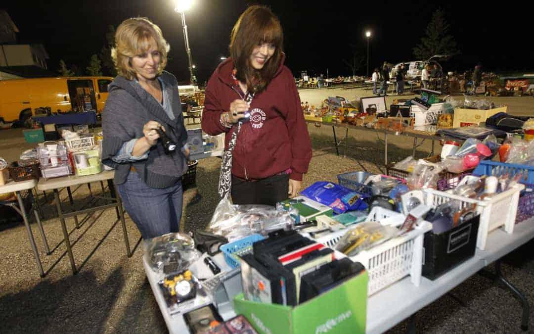 Grayslake Illinois Late Night Flea Market