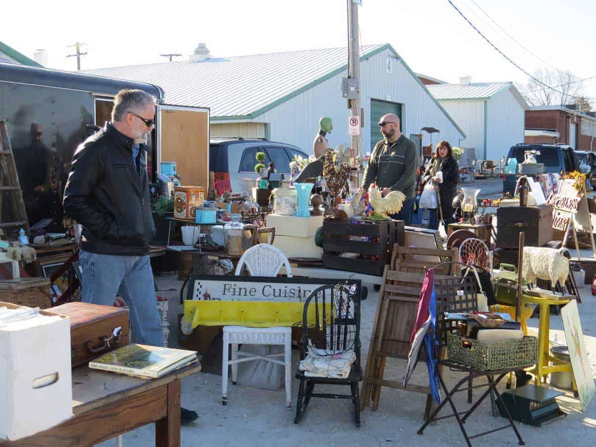 wheaton-illinois-antique-vintage-flea-market-5