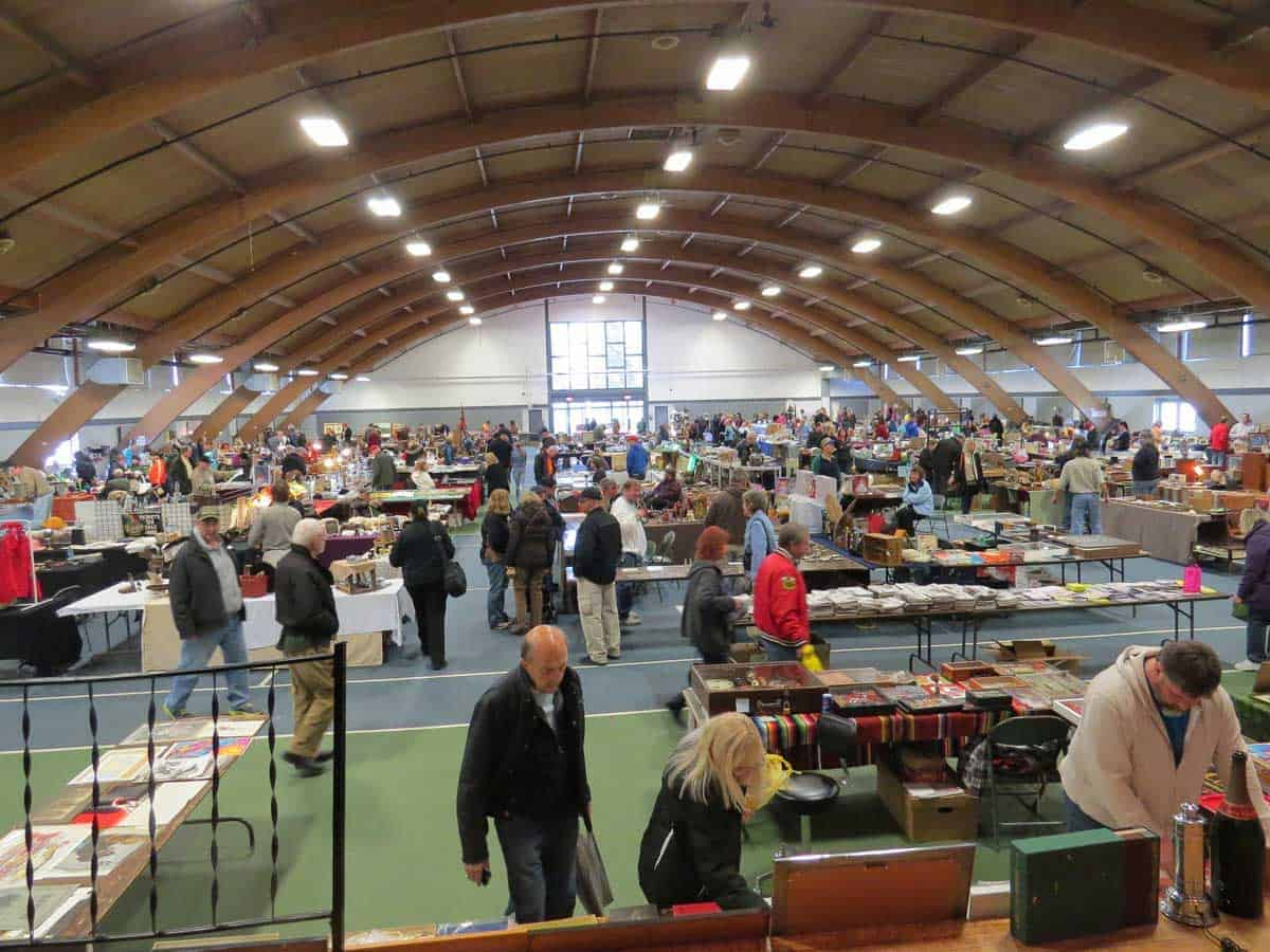 Wheaton Chicago Illinois Antique Vintage Flea Market