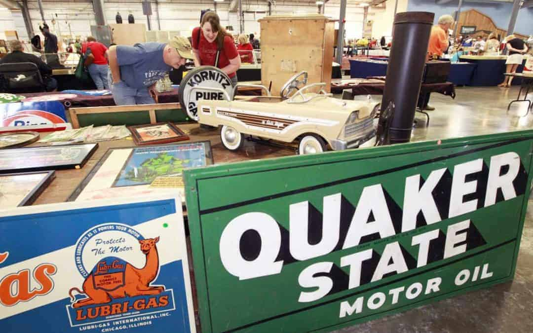 Grayslake Illinois Antique Vintage Flea Market February 8 & 9