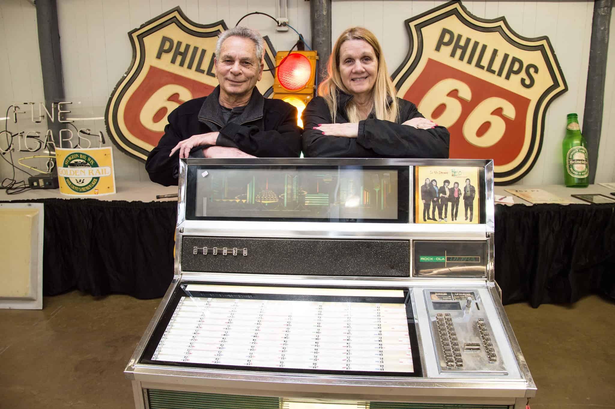Slot Machine, Coin Op, antique advertising show