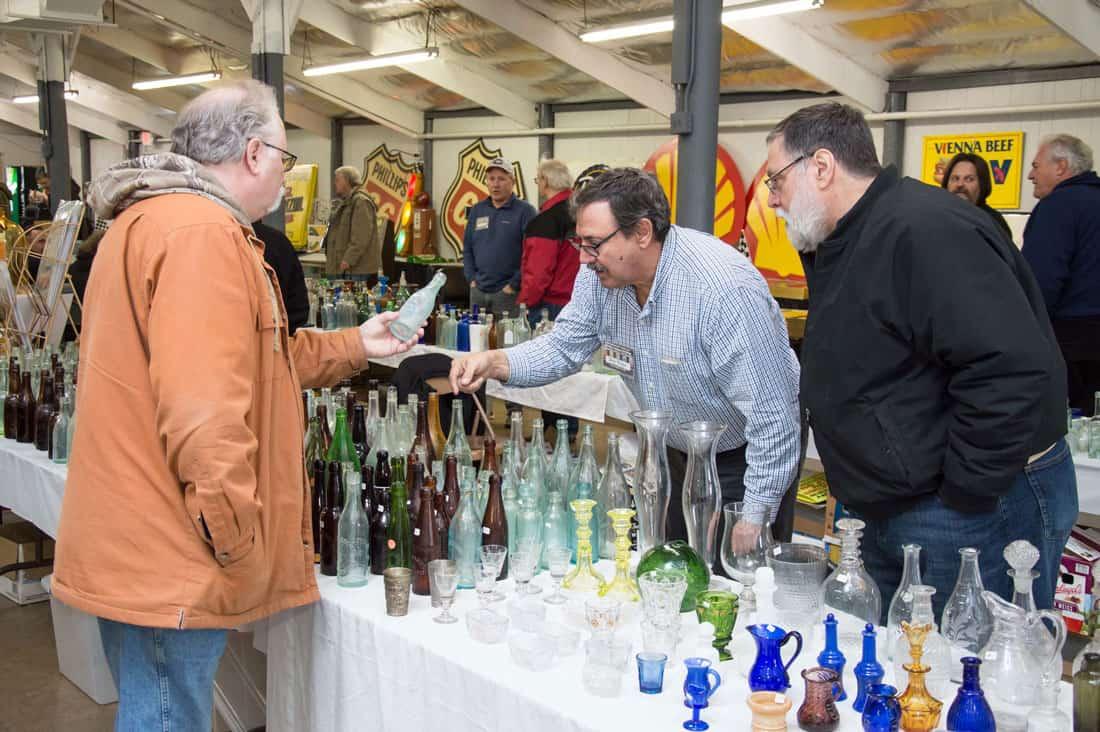 Wheaton Illinois Antique Bottle & Advertising Show
