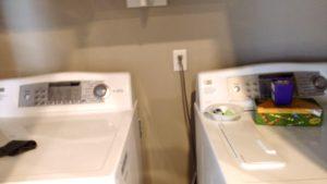 Monkey Island Gray Cabin - Washer & dryer