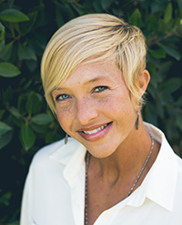 Amber Robinson (Art & Healing)