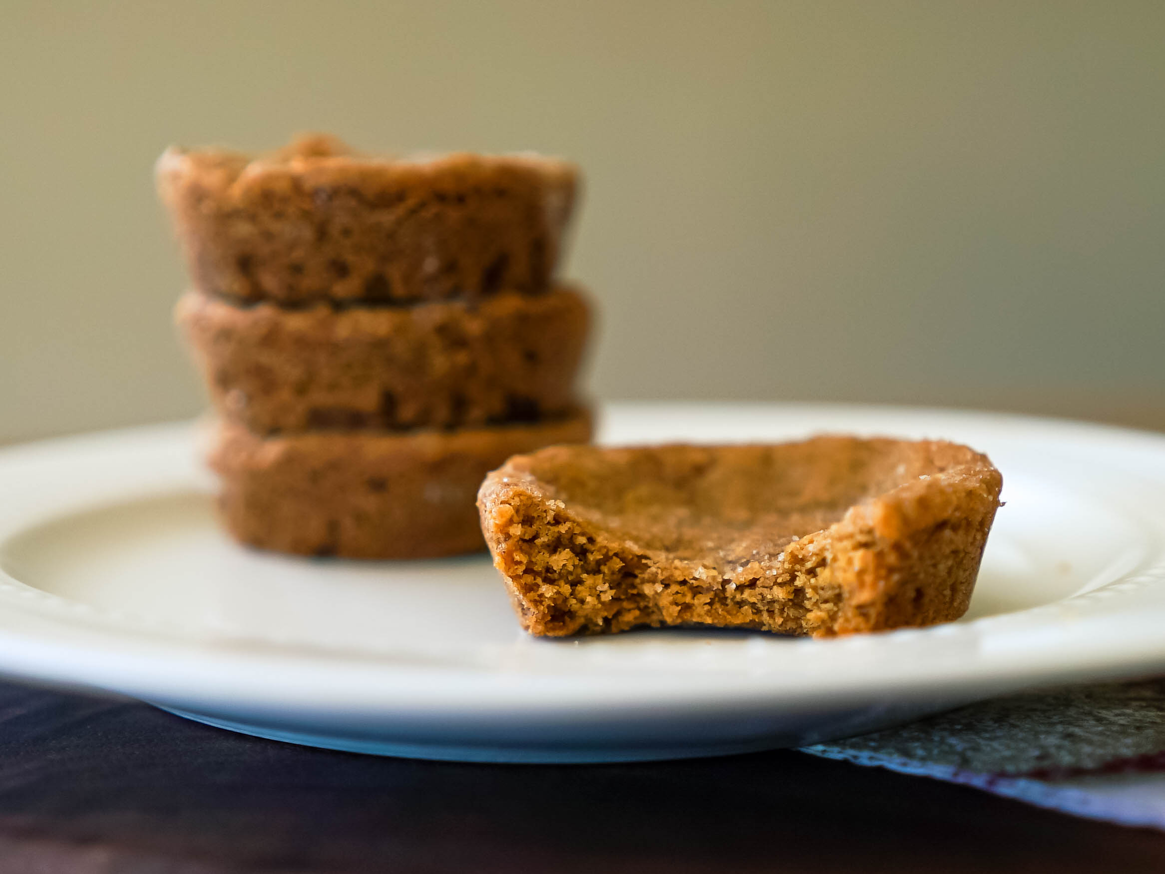 Cannabis Molasses Cookie Cups