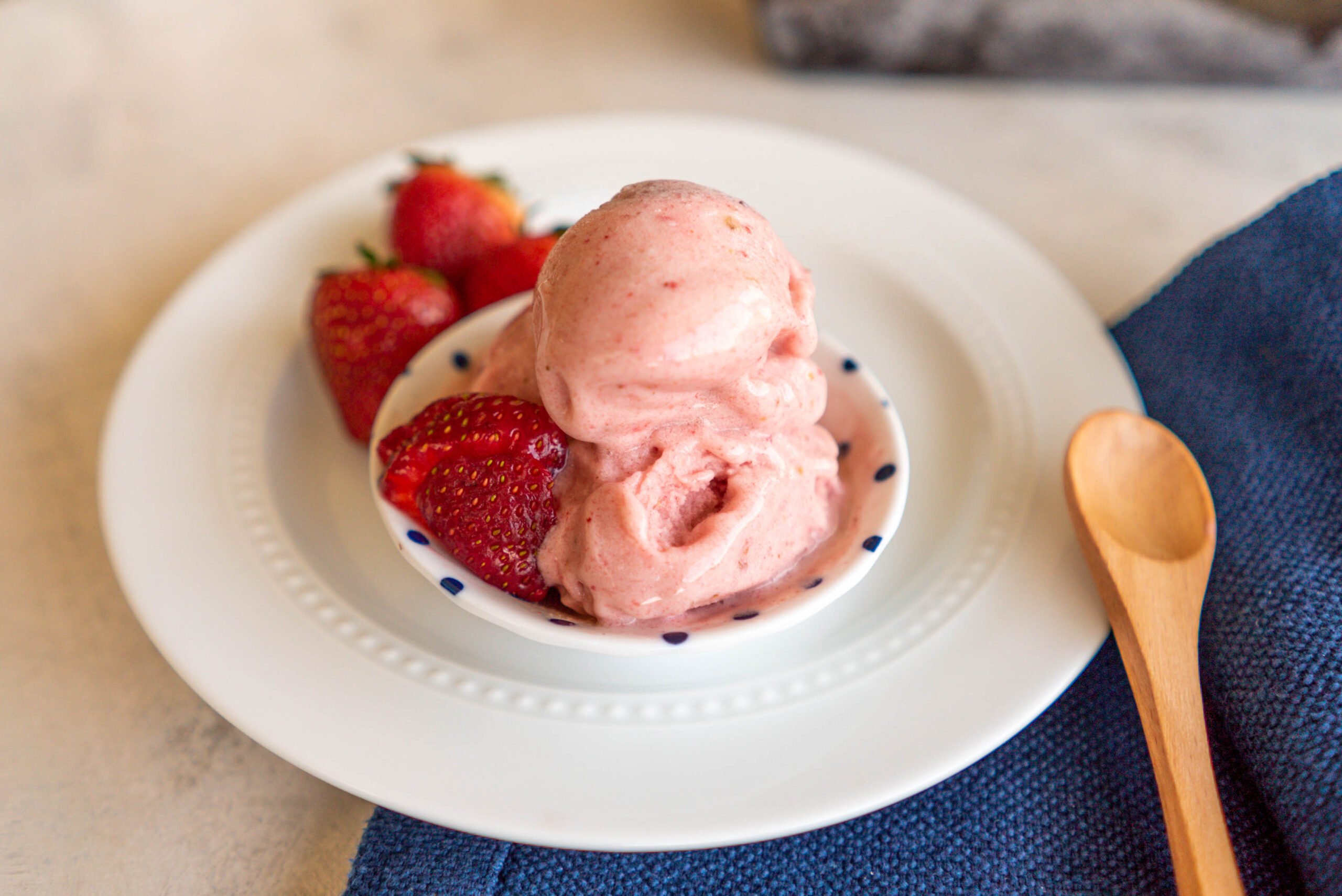 Rosanna Pansino's Dairy-Free Strawberry Ice Cream – Recipe Test & Review