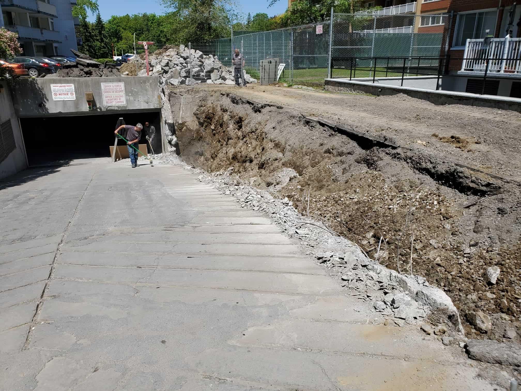 Concrete demolition contractor