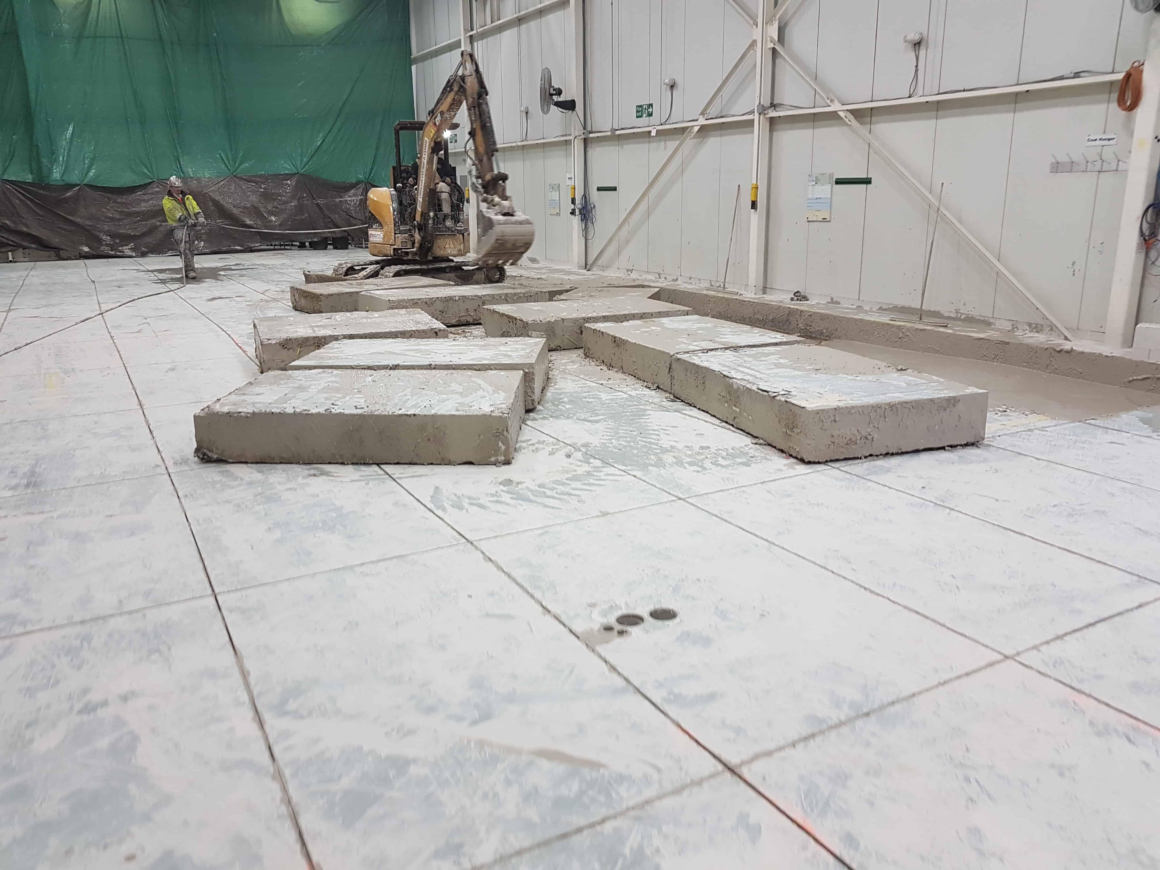 Concrete machine base construction contractor