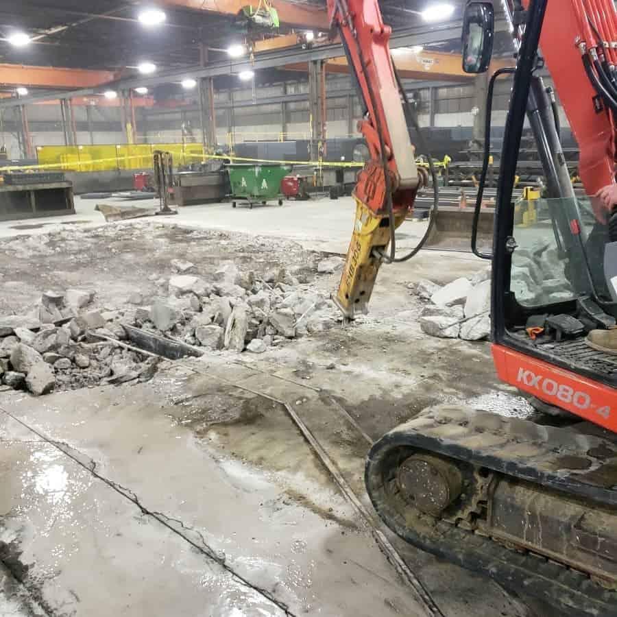 Construction de dalle en béton pour machinerie