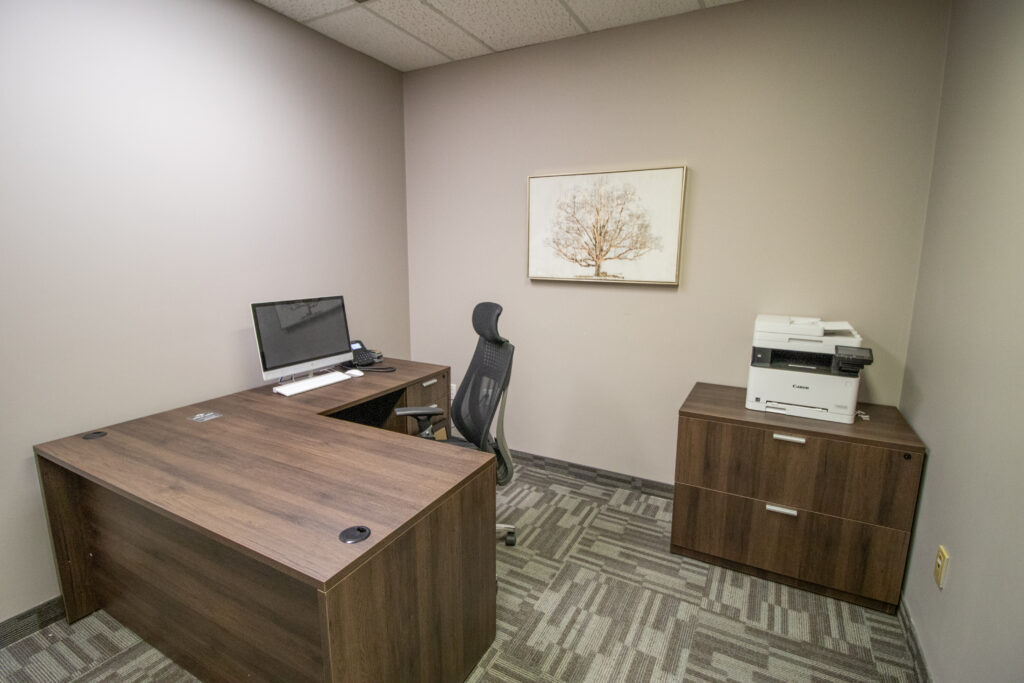 Oakville Private Office 10