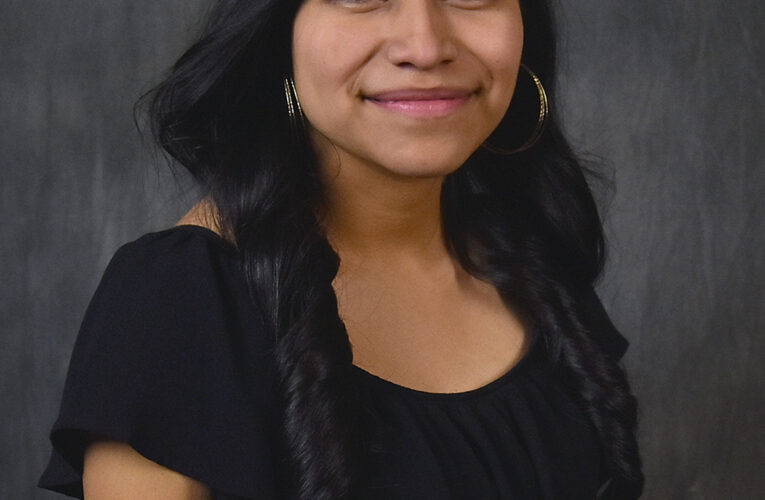 Ramirez named inaugural TRIO Student of the Month at Northeast Community College (English & Spanish Version)
