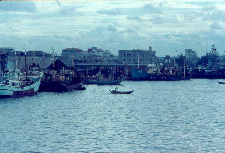 Kao-shiung Harbor
