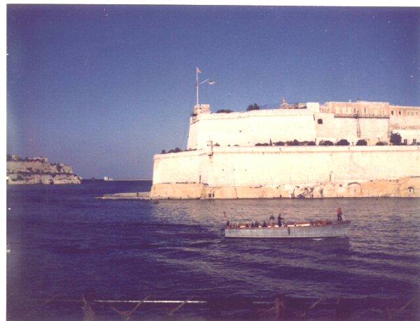 Malta-British_Navy640x490