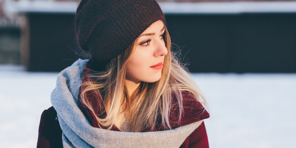 4 Ways To Hydrate Your Skin In Cold, Dry Weather