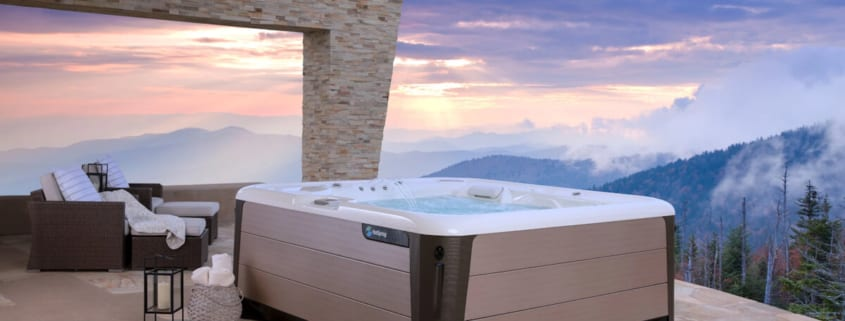 5 Do's for Winter Hot Tub Care560