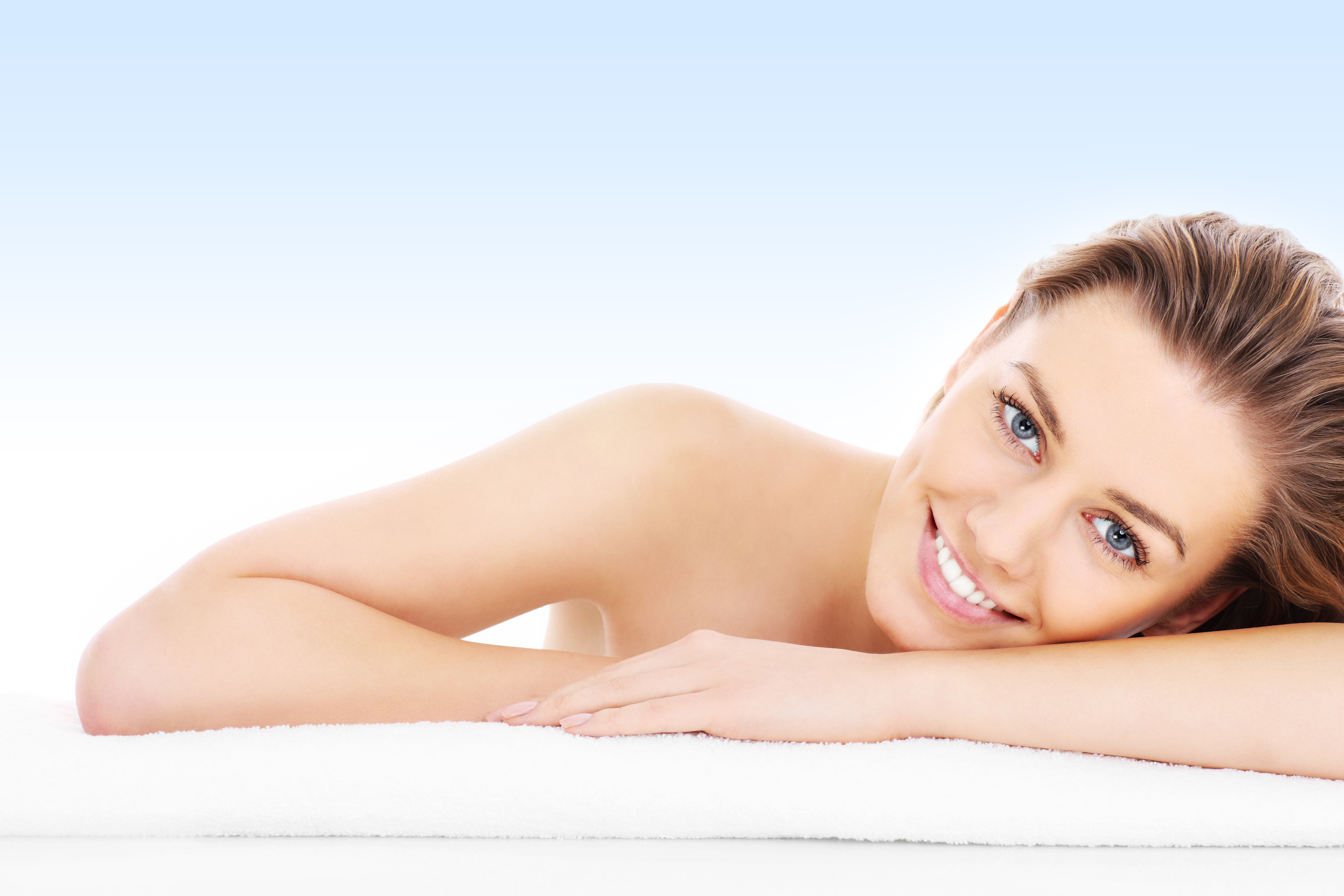 Look Younger with Plastic Surgery!