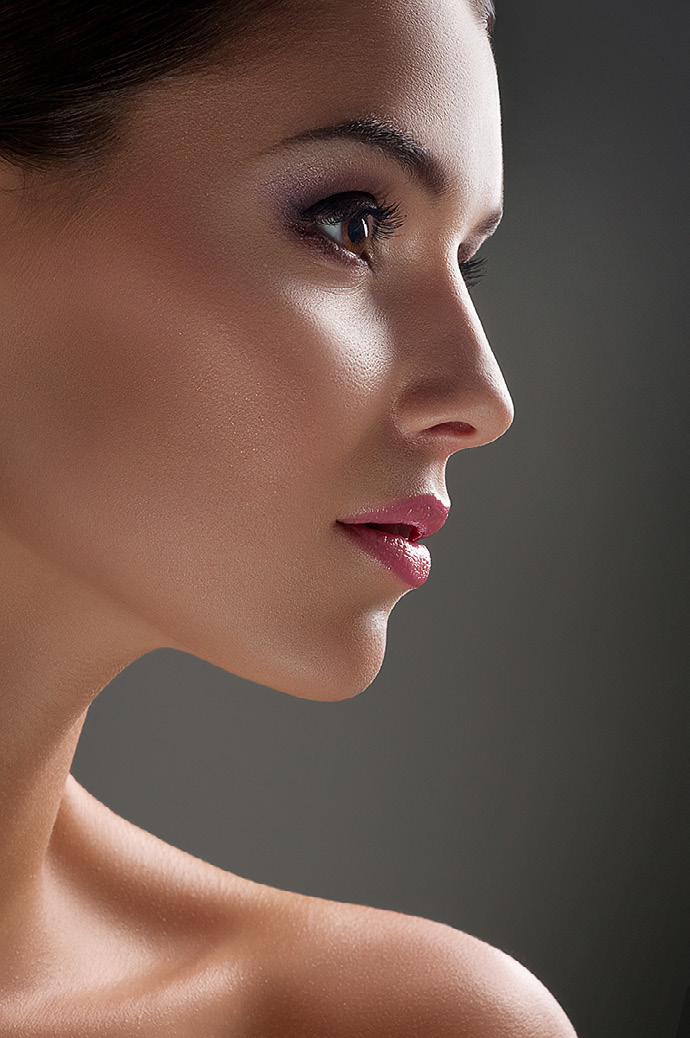 Non-surgical Solutions for Sagging  Jowls,  Jawline and  Chin