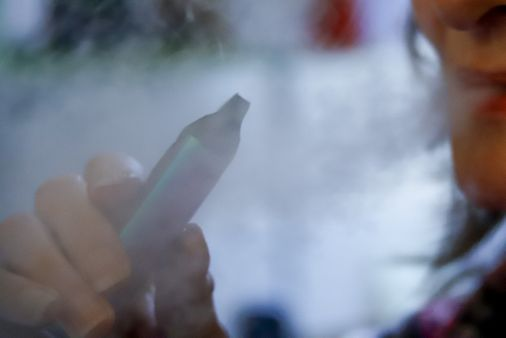 First vaping-related death reported in Mass.