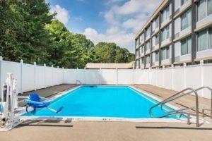 Hotel Outdoor Pool