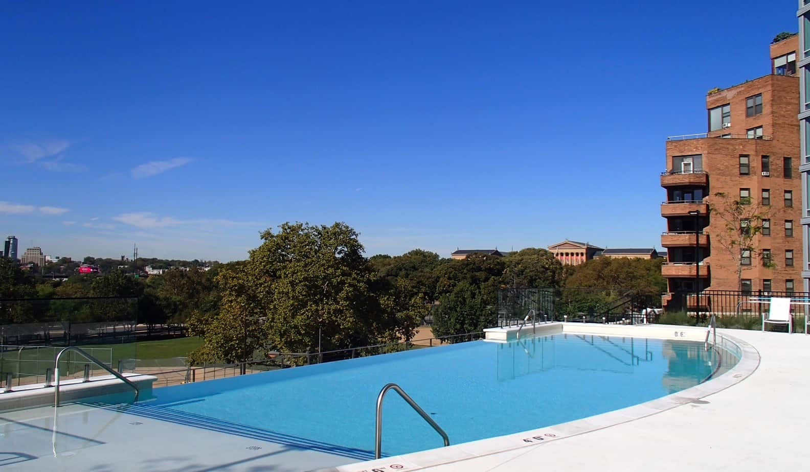 James Sankey & Associates (Sankey Pools) - Dalian on the Park