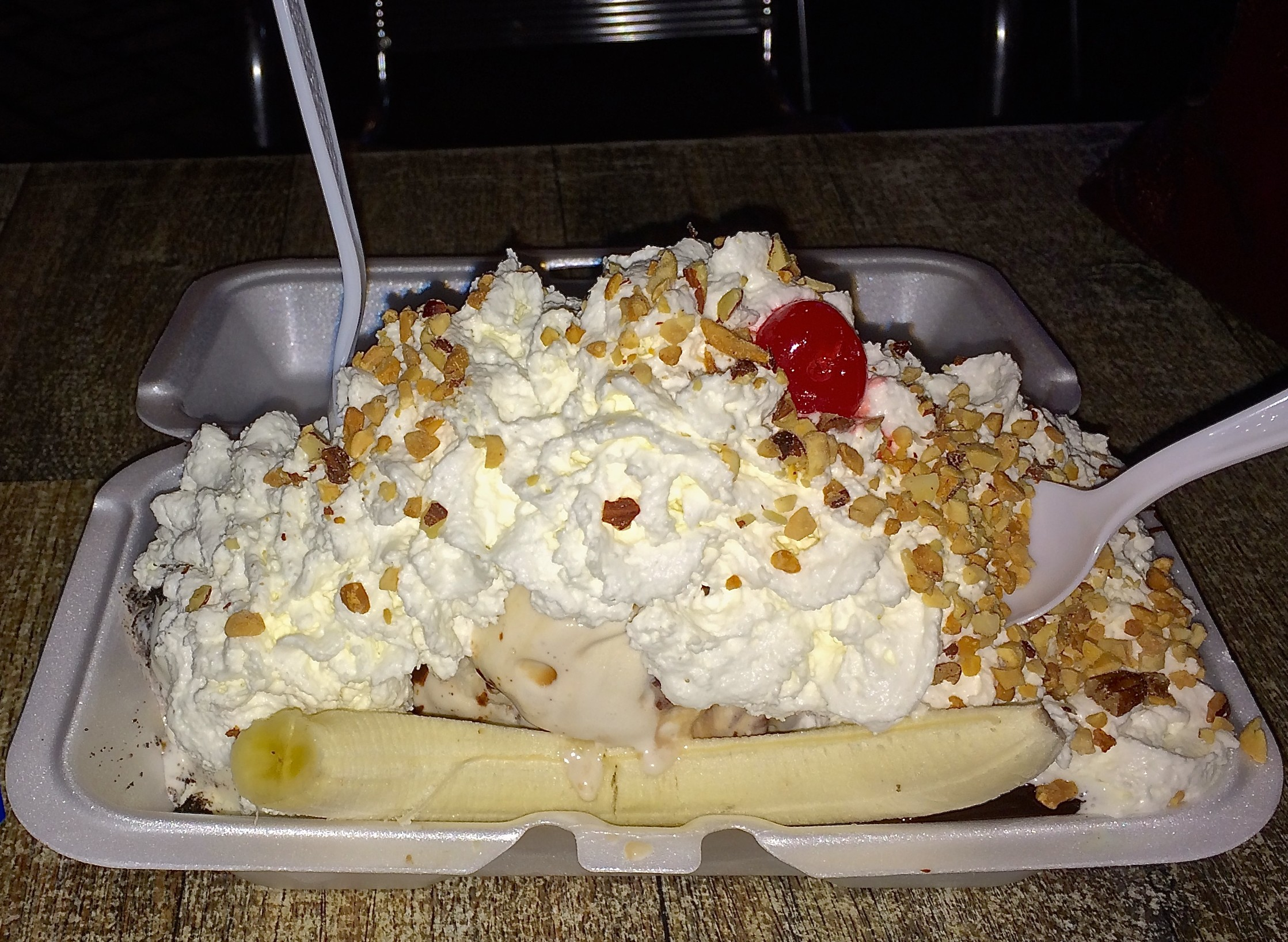 Jaxson's Ice Cream, Banana Split