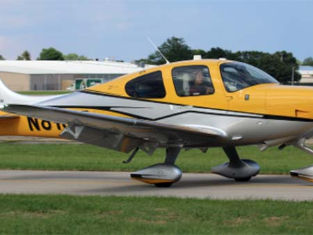 SR22-WITH-PERSPECTIVE-N818LT