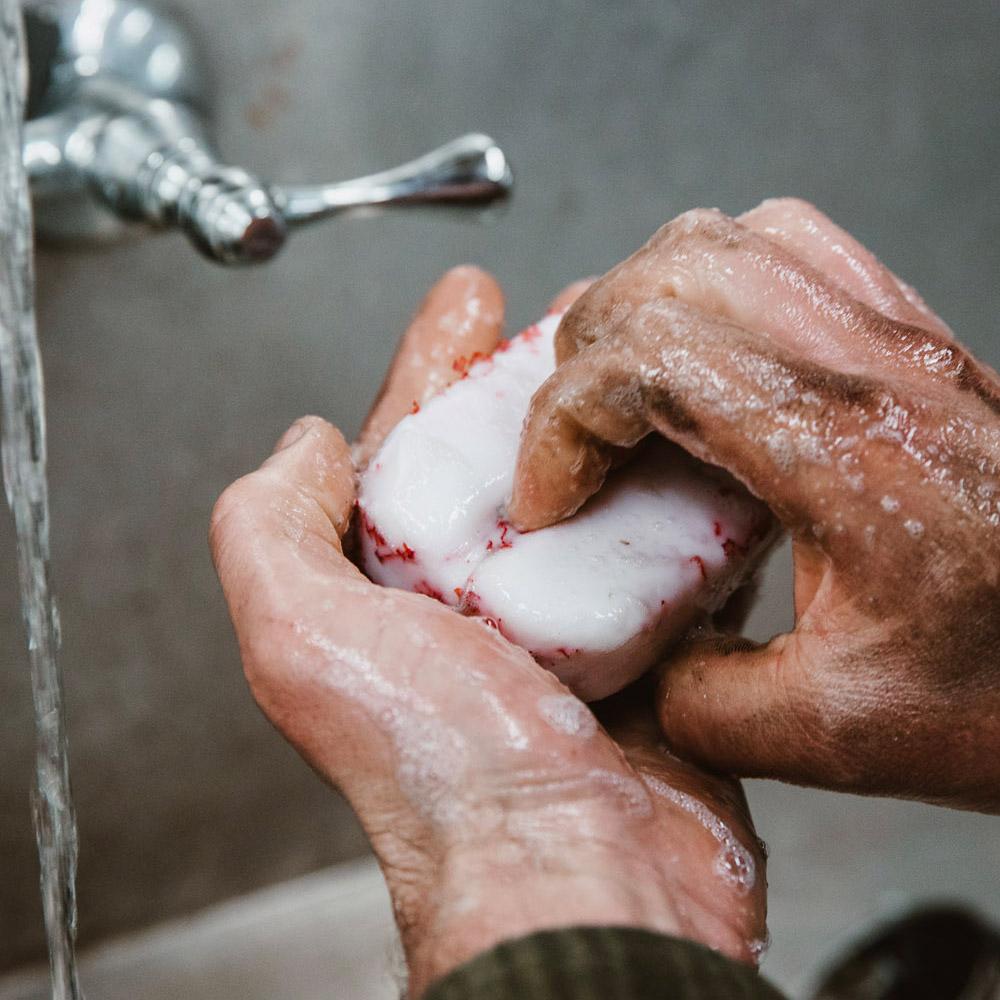 SURLY Aggressive Hand soap