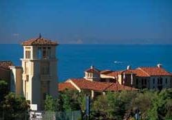 What are Platinum Weeks at Marriott Newport Coast Villas