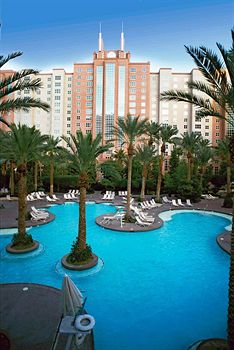 Hilton Grand Vacations Club at The Flamingo Swimming Pool