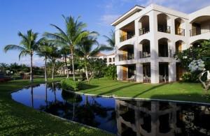 The Bay Club at Waikoloa Beach Resort Exterior
