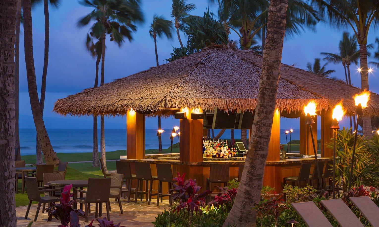 Hyatt Kaanapali Beach Club Accommodations, Dining and Amenities