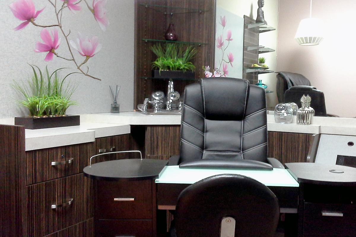 Fabrian Interiors nail salon after decorating
