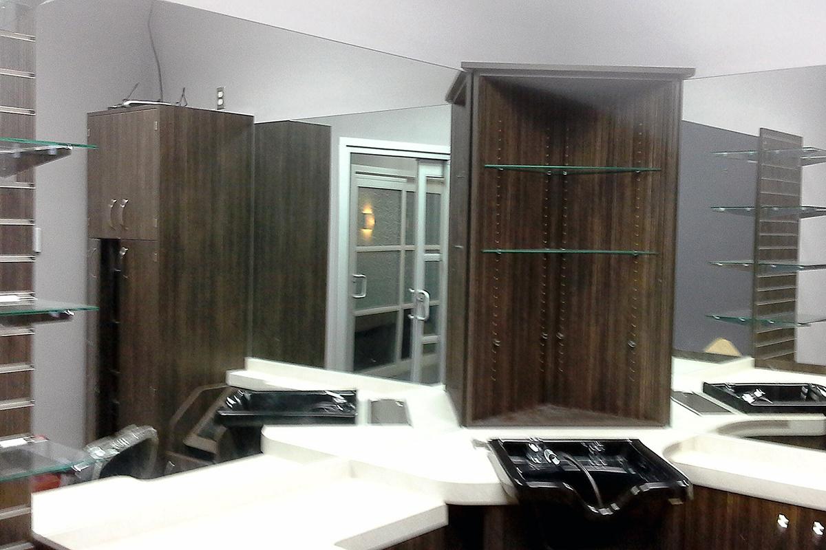 Fabrian Interiors nail salon before decorating photo