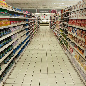 isle in a convenience store