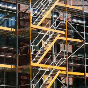 scaffolding that has multiple safety violations