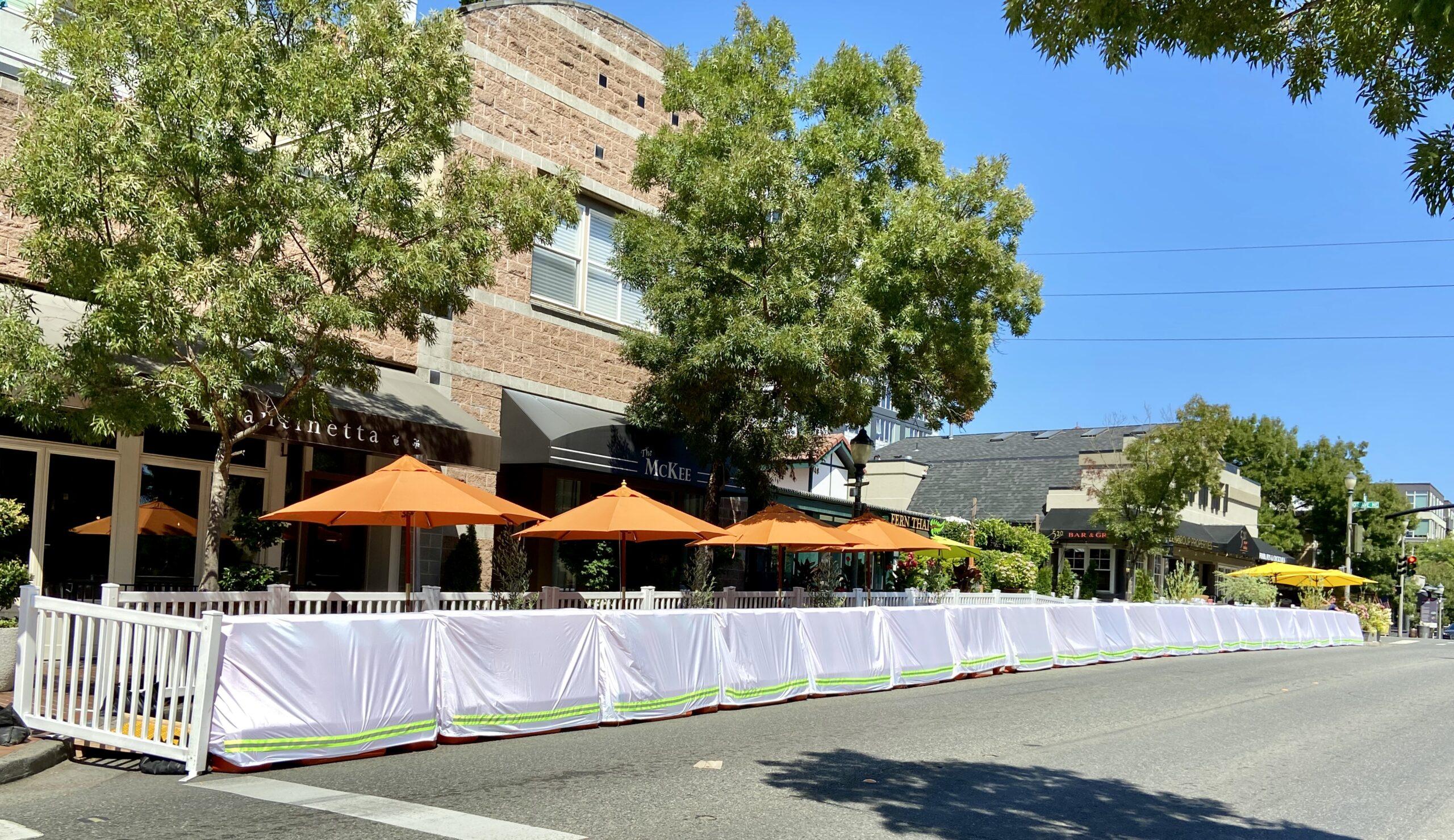 On-Street Dining Bellevue, Main Street