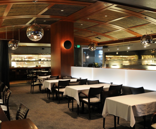 Pearl Seafood and Oyster Bar in Downtown Bellevue Permanently Closed
