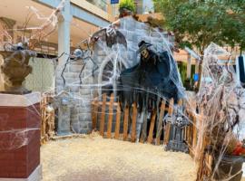 Halloween 2021 Downtown Bellevue