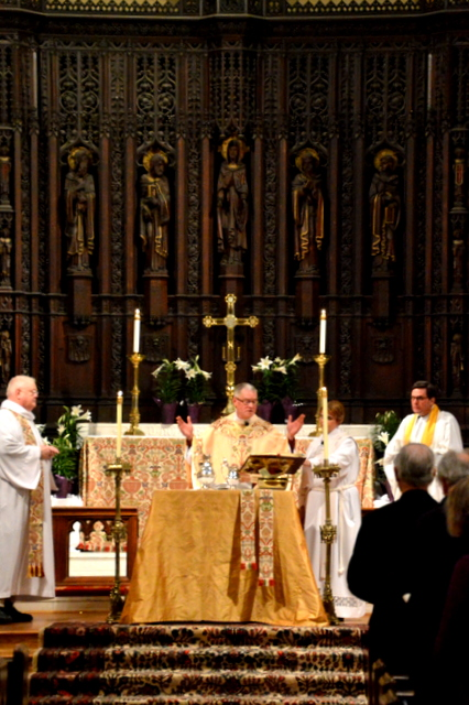 Holy Eucharist, Worship at Trinity Episcopal Church.