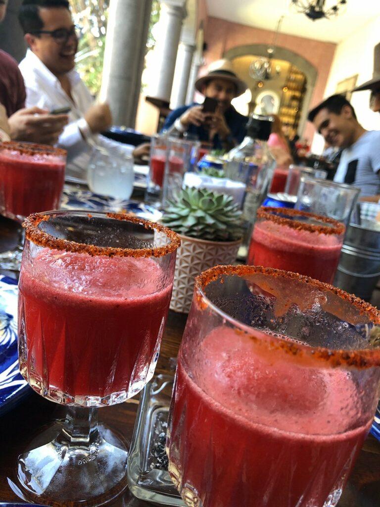Donde Comer en Tequila La Cueva de Don Cenobio en Quinta Sauza