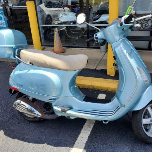 2005 Vespa LX150 Scooter