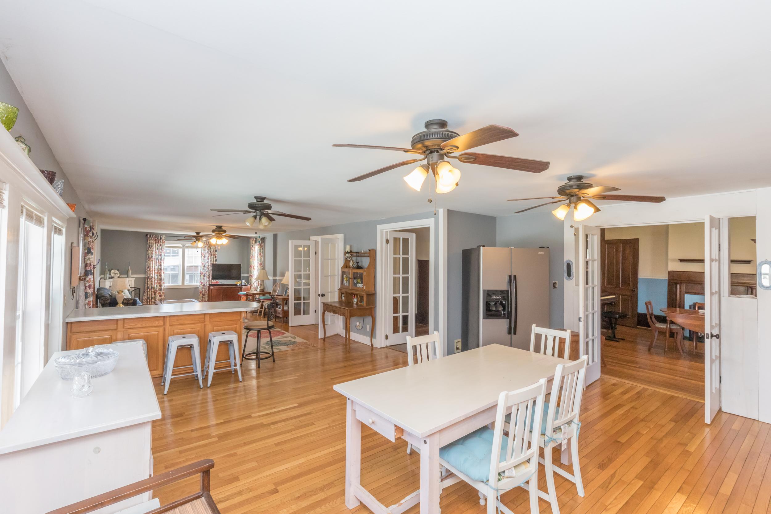 Gorgeous Restored 5 Bedroom Home In Glade Spring, VA