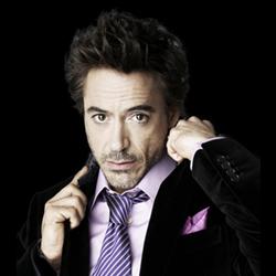 Tony Stark (Robert Downey Jr)