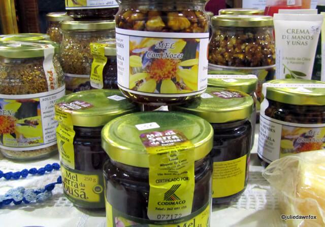jars of honey from the Serra do Lousã, Portugal