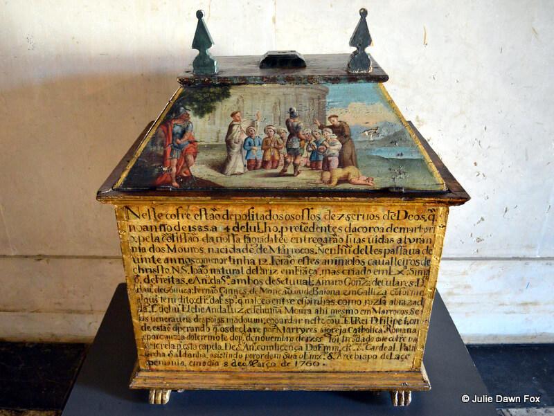16th century reliquary chest, São Vicente de Fora Monastery