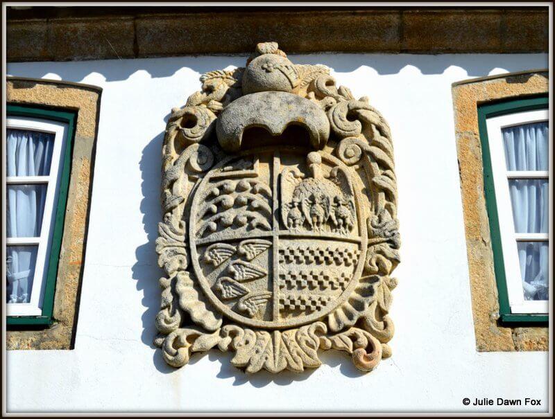 Coat of Arms, Casa da Calçada, Melgaço