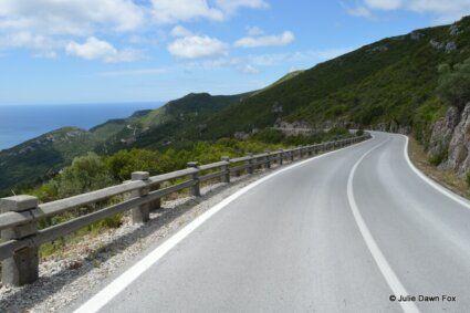 Winding road through Serra da Arrábida